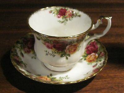Old Country Roses Royal Albert tea cup and saucer