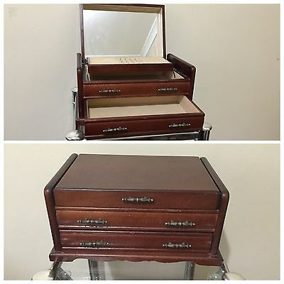 Vintage Polished Wooden Jewelry Box/Case/Organizer- incl Mirror & 2 Compartments