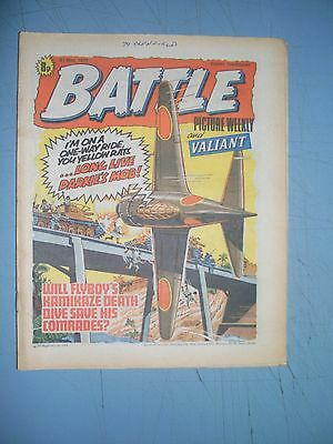 Battle Picture Weekly issue dated May 21 1977 Valiant