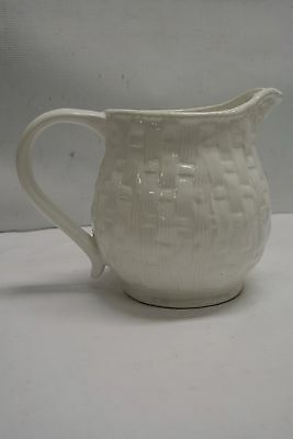 Pre-Owned Ceramic Water, Iced Tea Pitcher White Basket Weave, Portugal
