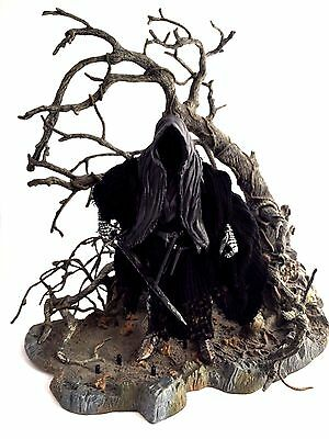"""LOTR Marvel Lord of the Rings 6"""" Action Figure RINGWRAITH & sleepy hollow stand"""