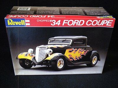 Revell 34 Ford Chopped Coupe 1/25 Kit