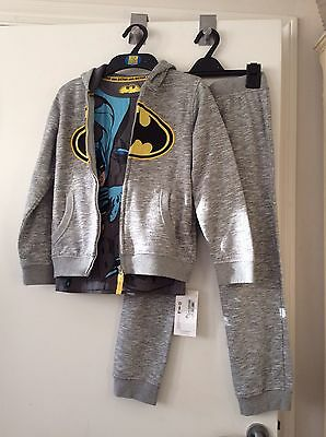 M&S Boys kids Batman outfit  hoodie joggers jacket T-shirt age 7/8 years New