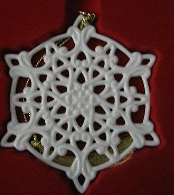 LENOX Porcelain 2011 Annual Snow Fantasies Snowflake Christmas Ornament NIB