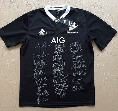 NEW ZEALAND ALL BLACKS Signed RUGBY 2014 Jersey - 26 Sigs COA
