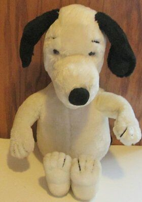 Vintage Peanuts Plush SNOOPY talking doll, WOW Worlds of Wonder