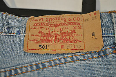Vintage levis jeans 501 W 30 L 32 red tab button fly