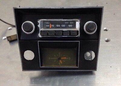 Ford Super Fringe Radio And Clock With Facia