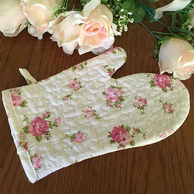 Vintage Style Pink Rose Quilted Cotton Oven Mitt / Pot Glove