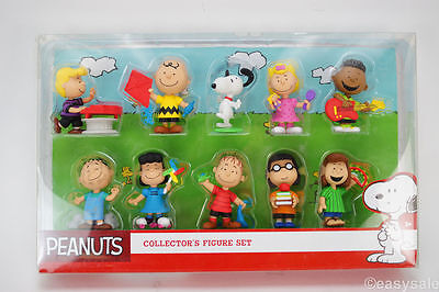 NEW Snoopy and Peanuts- 10 Figure Collection Box set