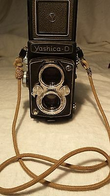 Yashica D Twin Lens Reflex Camera BLACK WITH ROPE CORD