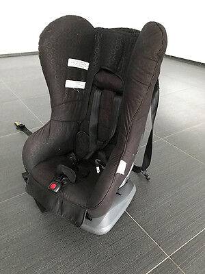 Excellent Condition Safe N Sound Baby Car Seat 0-4 Years Convertible Jet Black