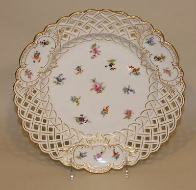 Meissen Scattered Flowers 11 Inch Round Reticulated Platter Pierced Cake Plate