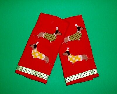Set of 2 Christmas Holiday Dachshund Dogs Finger Tip Towels