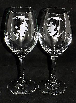 """New Etched """"Elvis Presley"""" Stylish Wine Glasses - 1 or 2 - Optional Gift Box"""