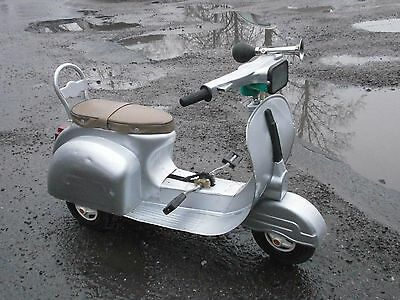 Classic Tricycle Vintage Pedal Car Rare Metal Scooter Trike