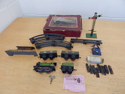 Vintage Hornby Clockwork Goods Train With Box O Gauge Dated 1932