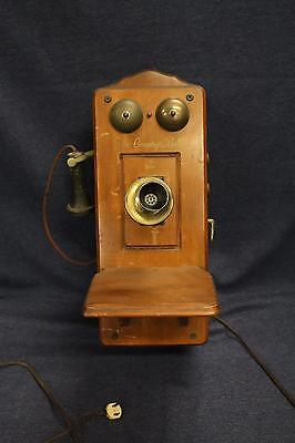 antique wooden wall mounted  Country Belle Telephone Guild superheterodyne tube