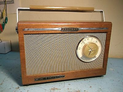 1965 Holiday model 888 transistor radio in wood case- nice condition, serviced!