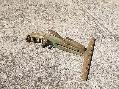 Australian Made Hand Saw Vice/clamp Little Use
