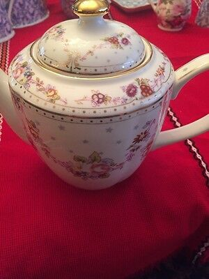 Grace TeaWare teapot With Lid-Flowers With Gold Trim-new