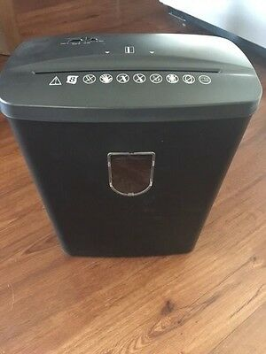 Paper Shredder - 8 Sheet Cross Cut - Crofton - NEW