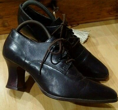 True Vintage Brown 80s in 40s style Lace-up leather High Top Shoes Unworn. 6