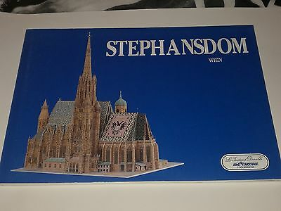 Paper craft Stephansdom Wien church scale 1:250