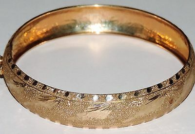 Solid 10K Yellow Gold 12.5mm Textured Hinged Bangle Bracelet 7.30 Grams 8""