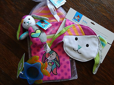 Baby Shower Christmas Gifts  Romero Britto Bebe onesie hat bib toys Bunny Puppy
