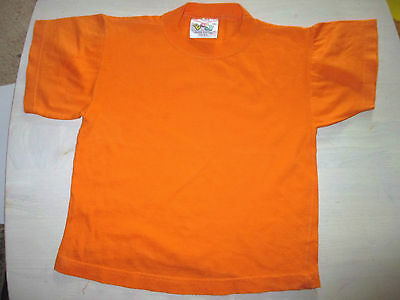 Vintage Girls/Boys t-shirt - Age 4-5 orange  110cm height short  Sleeve vgc