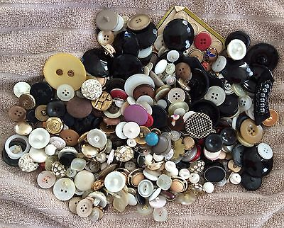 Large lot of mixed vintage sewing buttons late 1940's, early 1950's-1980's