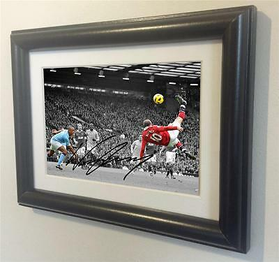 Signed Wayne Rooney Manchester United Autographed Photo Picture Frame sml