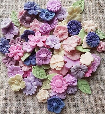 30g 1-2cm mixed sprinkle filler flowers & leaves,edible cake/cupcake toppers.
