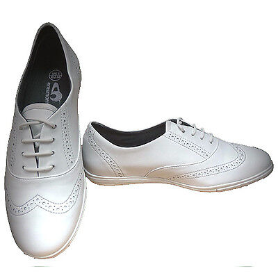 "EMSMORN ""POLLY"" LADIES  BOWLS SHOES - WHITE var.sizes.  FREE POSTAGE."