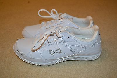 Nfinity rival cheer shoes Size 7.5