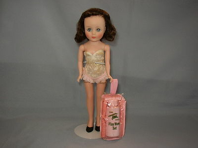 Vintage 10in BRUNETTE American Character TONI DOLL w/ PLAY WAVE SET