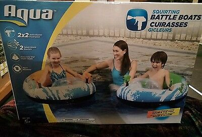 2 Squirting Battle Boats Dual Blasters Pool water Raft Squirt Shield 4 waterguns