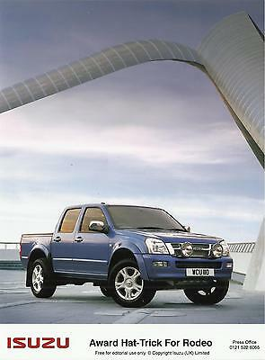 ISUZU RODEO DENVER (dark blue) 2005 UK press / publicity photo