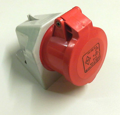 Lewden PM16 415V 16A 5-pin 3-phase surface-mounted outlet socket