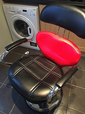 Black And  Red Salon Chair Styling Tattoo Threading Beauty Hairdresser SOLD