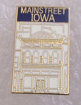 Mainstreet Iowa Souvenir Collector Pin