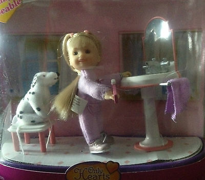 Only hearts Doll Little Kids Bathroom with dog + mirror + doll fully posable new
