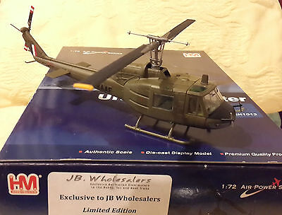 """Hobby Master 1/72 Scale Raaf Uh 1B Iroquois """"a2 1022"""" Helicopter"""
