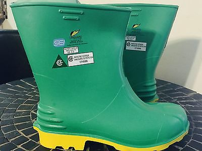 """ONGUARD Hazmax 11"""" Chemical Resistant Steel Toe Boots Slip-Resistant Size SMALL"""