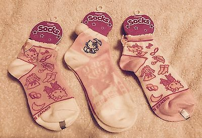 NEW Sanrio Hello Kitty Pack of 3 Pairs Girls Socks Fits Size 6-8.5 Lot Set