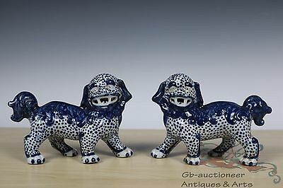 Beautiful A Pair Blue and White Chinese Porcelain Foo Dogs Statue