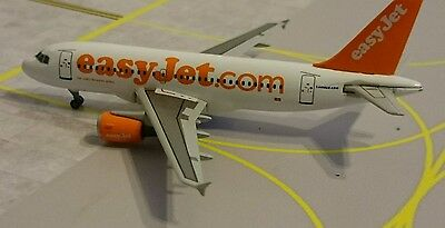 Easyjet A319 1/400 by Dragon Wings.  BRAND NEW, RARE, MINT CONDITION