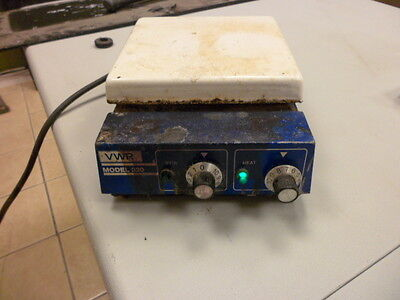 "Hotplate Magnetic Stirrer VWR Model 320 Lab Heater 7""x7"""