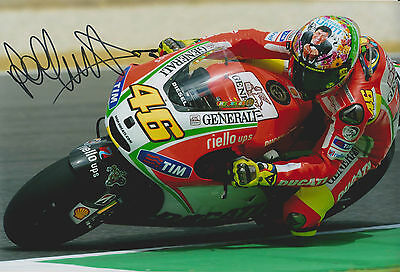 VALENTINO ROSSI GENUINE HAND SIGNED PHOTO WITH CERTIFICATE OF AUTHENTICITY - CoA